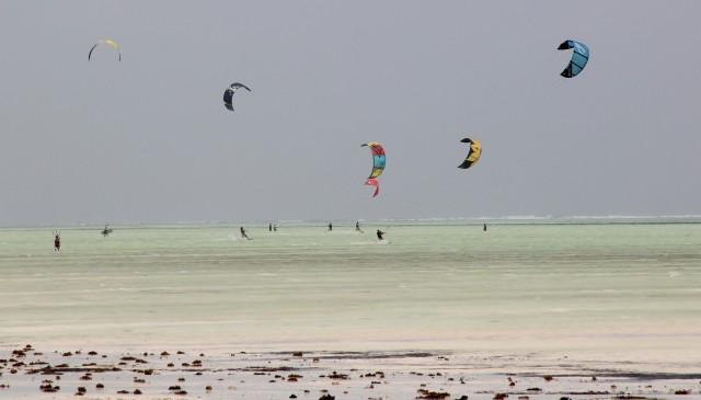 Kitesurf na praia toda