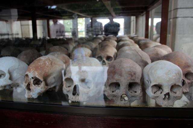 Restos mortais de algumas vítimas de Pol Pot