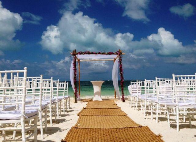 Celebração na praia  do The Beloved - México