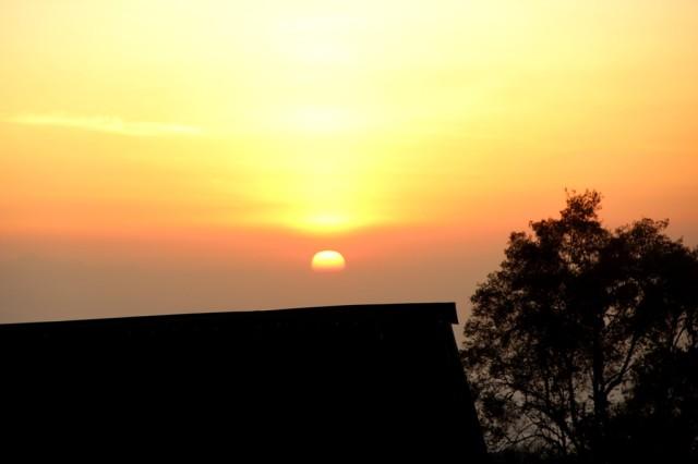 Lindo nascer do sol que presenciamos no Kili