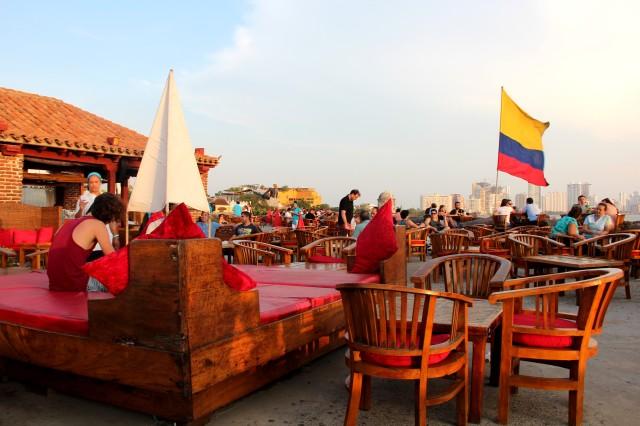 Espaço Café del Mar - bom chegar umas 17h para pegar um lugar legal
