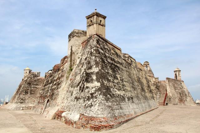 Subindo o Castelo San Barajas