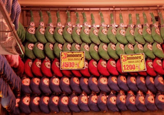 Presuntos pendurados no Museo del Jamon