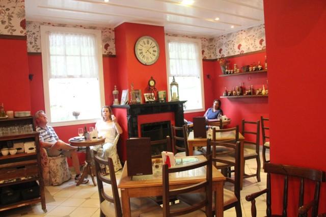 Café Duetto no jardim do Museu Imperial