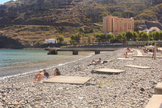 Como a maioria das praias são em Madeira