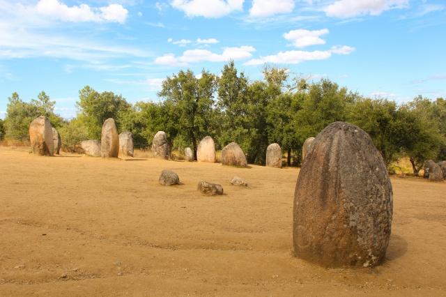 Ruínas de Cromleque de Almandres, 6.000 a.C.