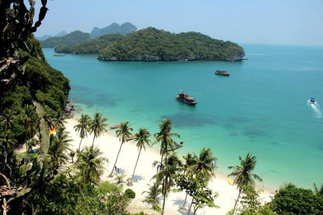 Praia angthong na Tailândia
