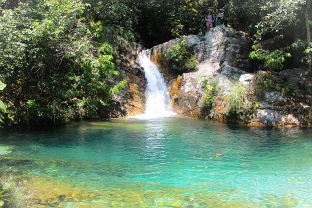 """Menor cachoeira de Sta Bárbara, conhecida como """"Barbarinha""""."""
