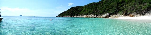 Nadando nas Ilhas Perhentian. Maravilhoso, não?