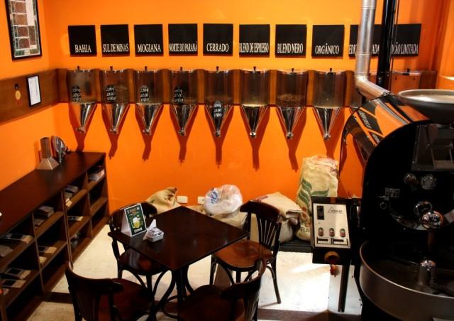 Grãos de café diferentes para escolher no Lucca.