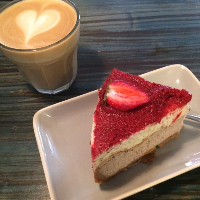Delicioso cheesecake de morango.