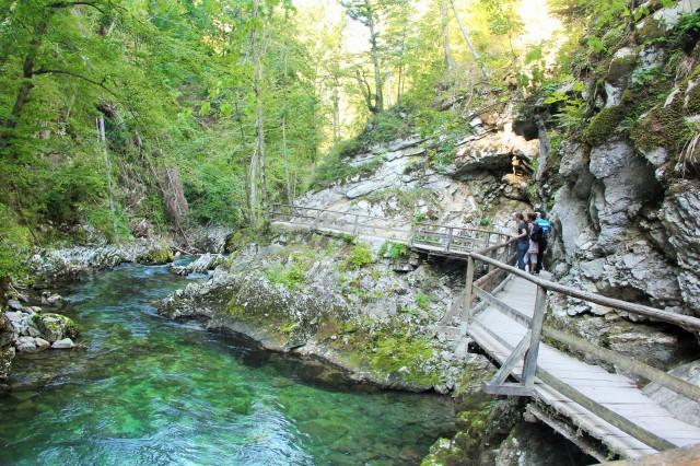 A trilha de madeira de Vintgar Gorge