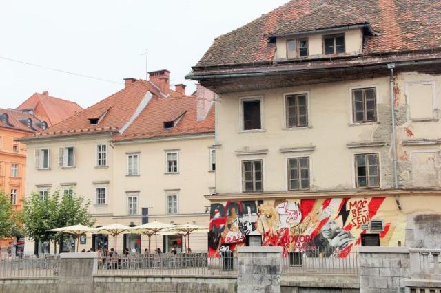 O contraste do novo e do antigo em Liubliana