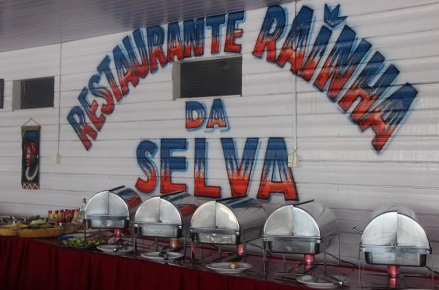 buffet-almoco-restaurante-rainha-amazonia