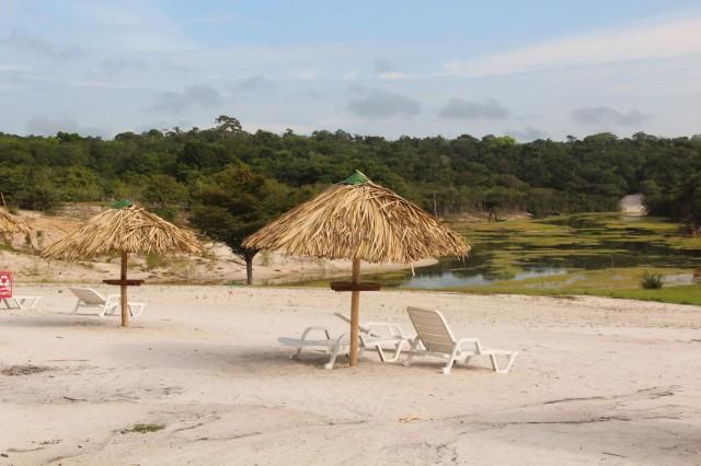 praia-fluvial-amazon-ecopark