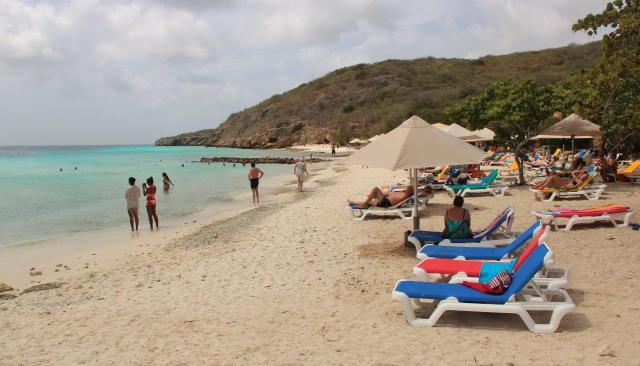 Praia privada Porto Mari, o mar é lindo em qualquer lugar de Curaçau